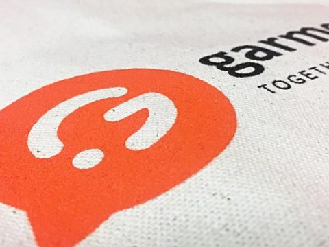 T-shirts personnalisés pas cher : Découvrez la sérigraphie - Garment Printing