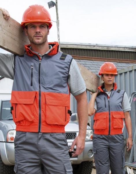 Vêtements de travail personnalisés - Uniformes - Garment Printing